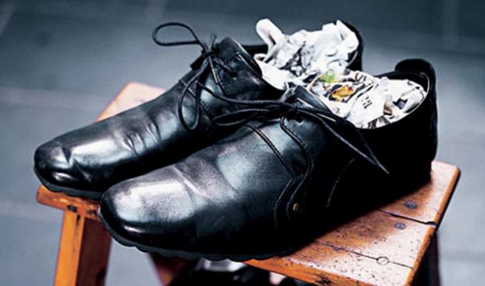 как можно разносить кожаную обувь которая жмет