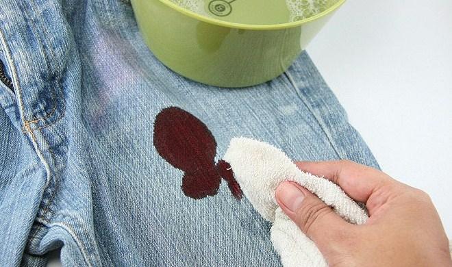Как удалить кровь с ткани