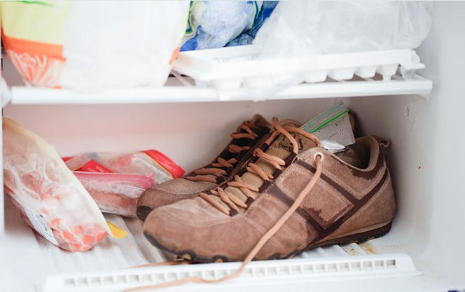 замораживаем кроссовки