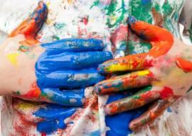 Пятно краски на одежде: как его вывести, не повреждая ткань?