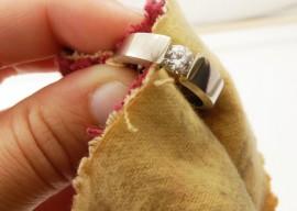 Как почистить серебро в домашних условиях: обзор действенных способов