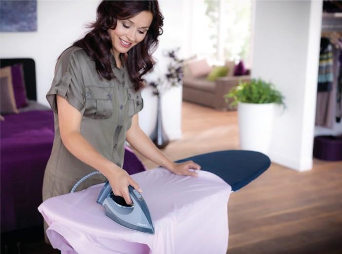 гладим спинку рубашки