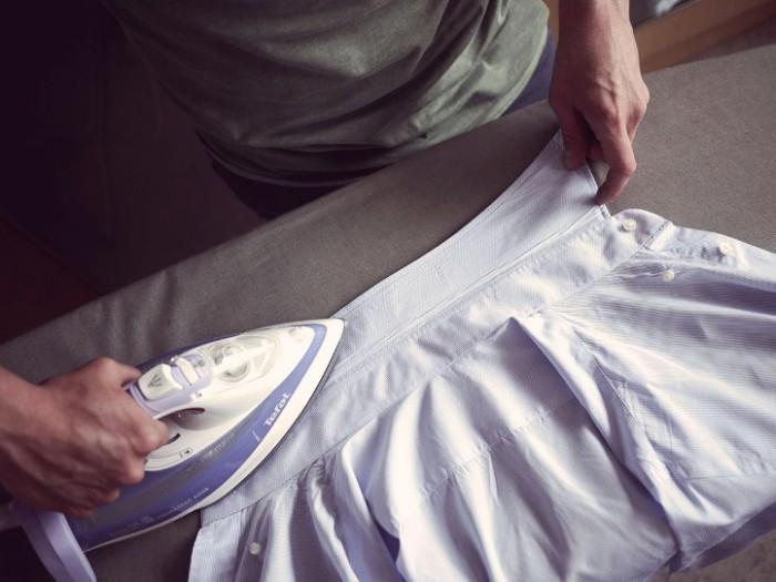 гладим воротник рубашки