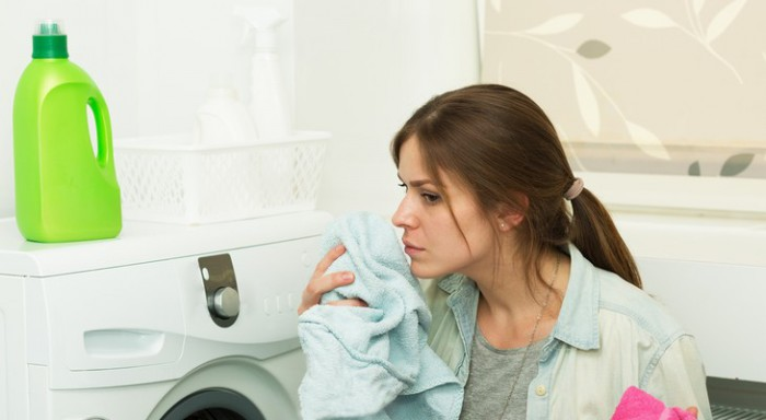 Появился запах из стиральной машины