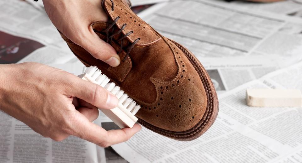 Как защитить кожаную и замшевую обувь от соли