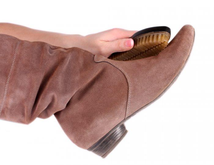 качественная очистка замшевой обуви
