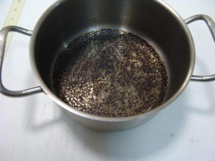 чистка эмалированных кастрюль в домашних условиях