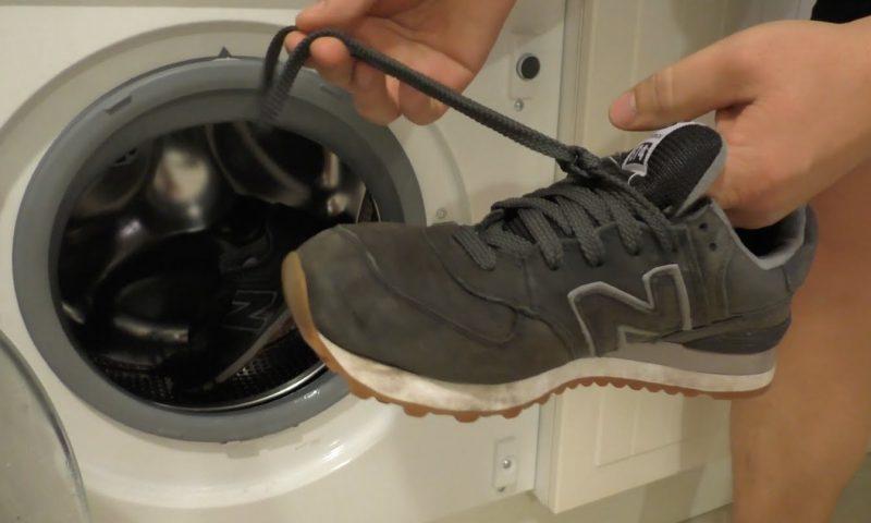 Как почистить замшевые кроссовки народными способами