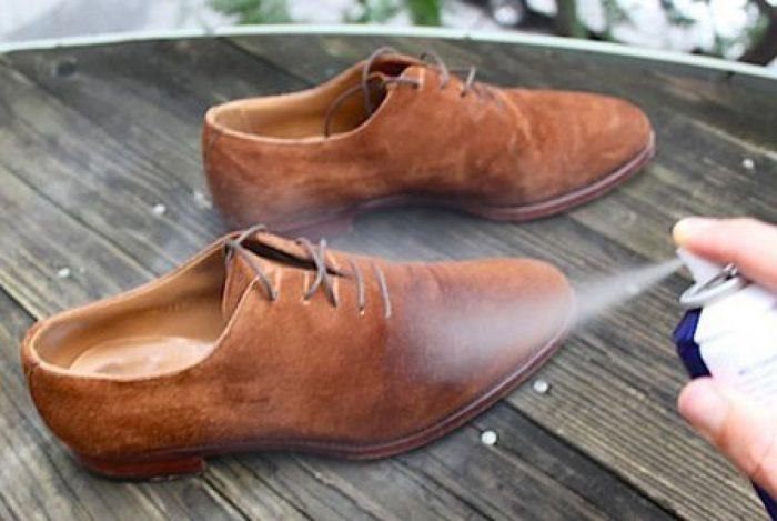 как почистить замшевые ботинки