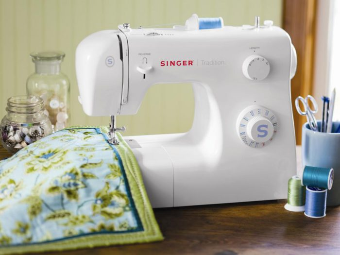 выбор современных швейных машинок