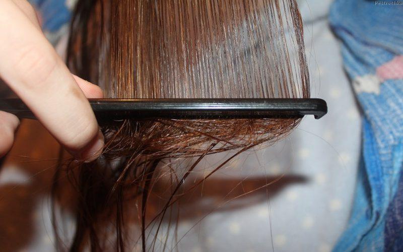 Расчесываем волосы перед сушкой