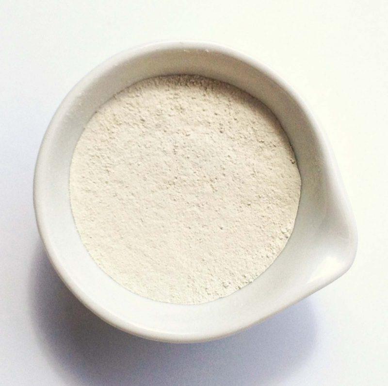 отбелить подмышки глиной в домашних условиях