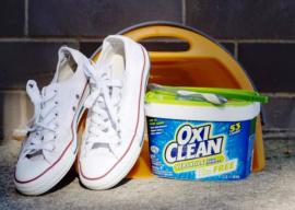 Как отбелить подошву на кедах? Стирка и отбеливание обуви