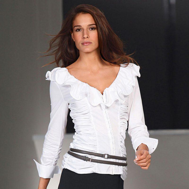 Способы отбеливания белой блузы