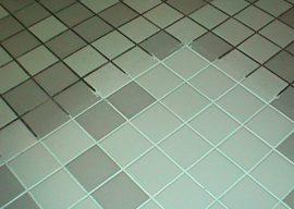 Чем отмыть швы между плиткой в ванной?