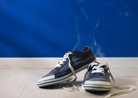 Как вывести неприятный запах из обуви