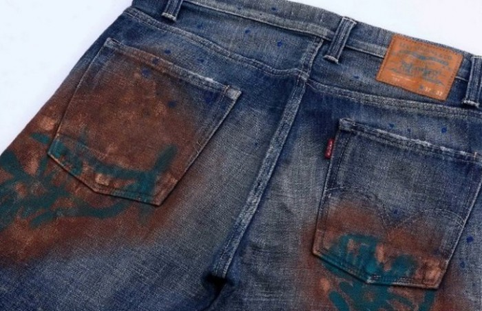 ржавчина на джинсах