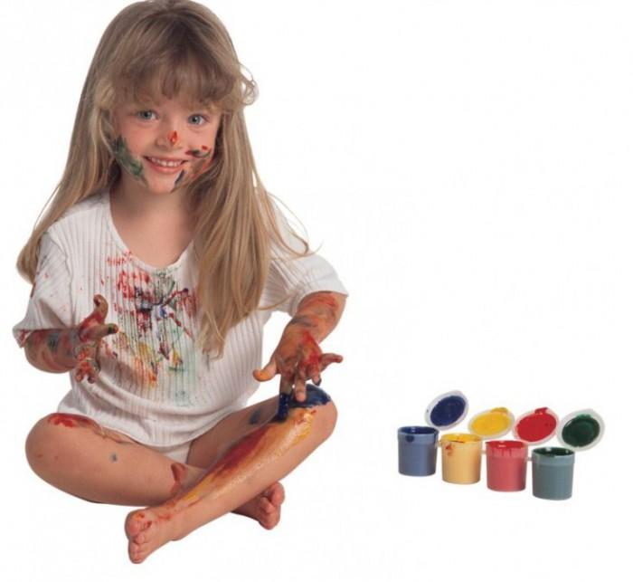 ребенок в краске