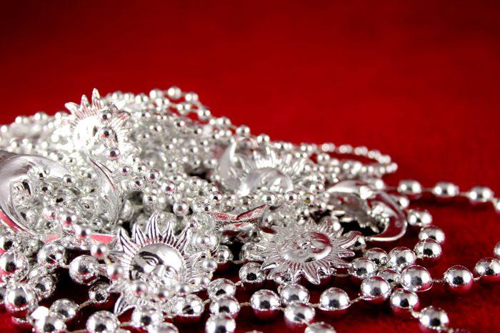 как очистить цепочку из серебра народными методами