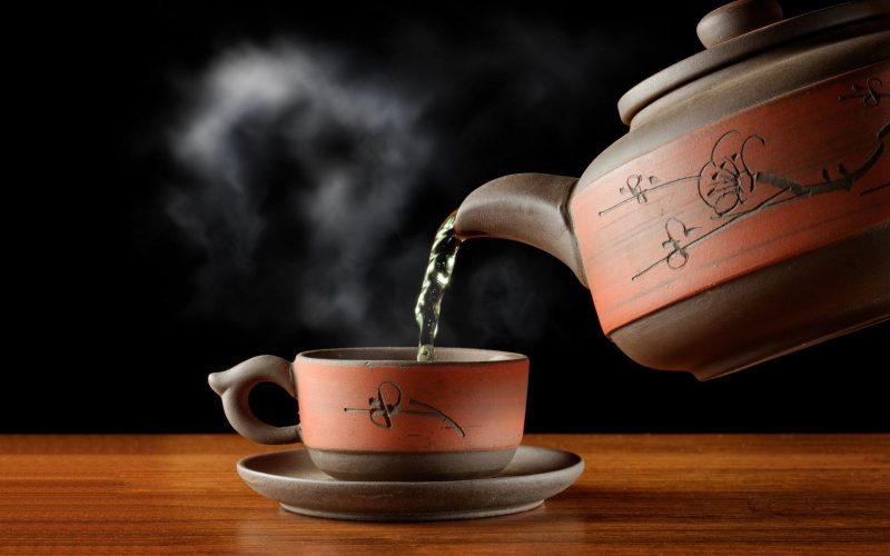 Убрать запах пота поможет чай