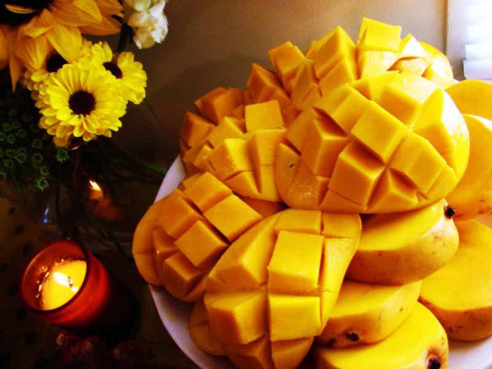 почищенный манго