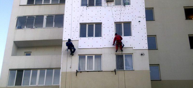 хотите платить за отопление меньше - утепляйте стены снаружи